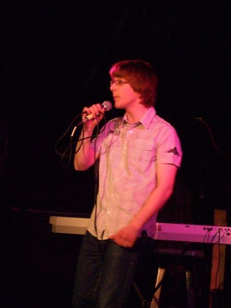 Rutger zingt