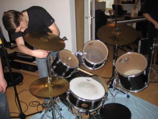 Jort drumstel opzetten